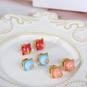 Tory Burch Square Pearl Micro Standard Earrings